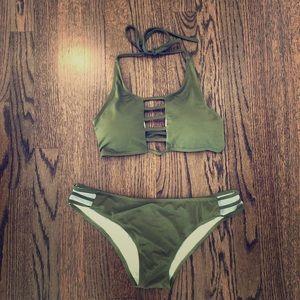 🔥SALE🔥Never worn Zaful bikini. Size small.